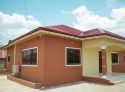 2 bedroom house for sale at Lakeside Estate